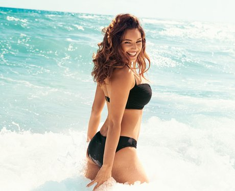 kelly brook s most gorgeous pictures   heart