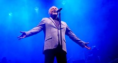 Tom Jones at Newmarket