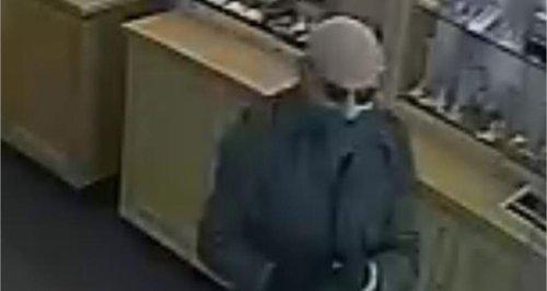 Barnstaple CCTV jewellery raid