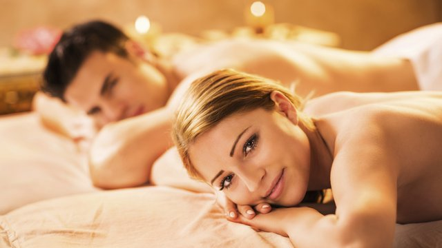 Win a healthy life retreat at lifehouse spa heart essex for Best spa for couples