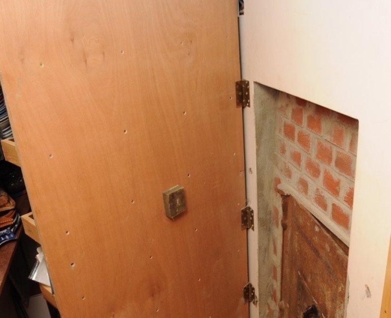 Hidden Safe Door Uk 39 S Largest Illegal Firearm Hoard
