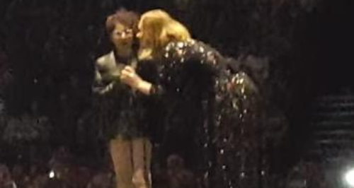Emily Tamman on Stage With Adele