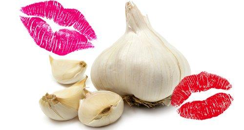 Garlic kissing smelly breath asset