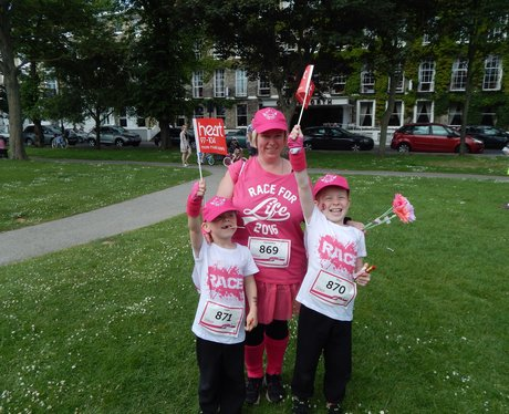 Heart Angels at Worthing Race For Life