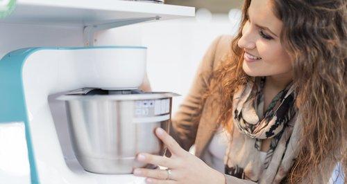 Looking At Kitchen Appliances/Kitchen Showroom/Hom